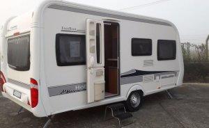 caravane-hobby-excellent-455uf-1