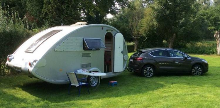 forum tracter une caravane avec une gti. Black Bedroom Furniture Sets. Home Design Ideas