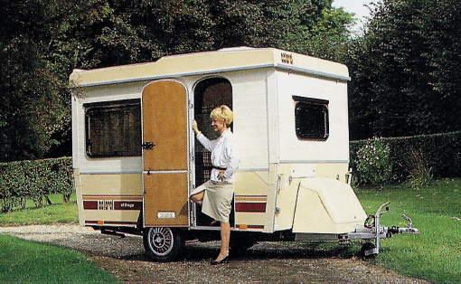caravanes pliantes trouvez le meilleur prix sur voir avant d 39 acheter. Black Bedroom Furniture Sets. Home Design Ideas